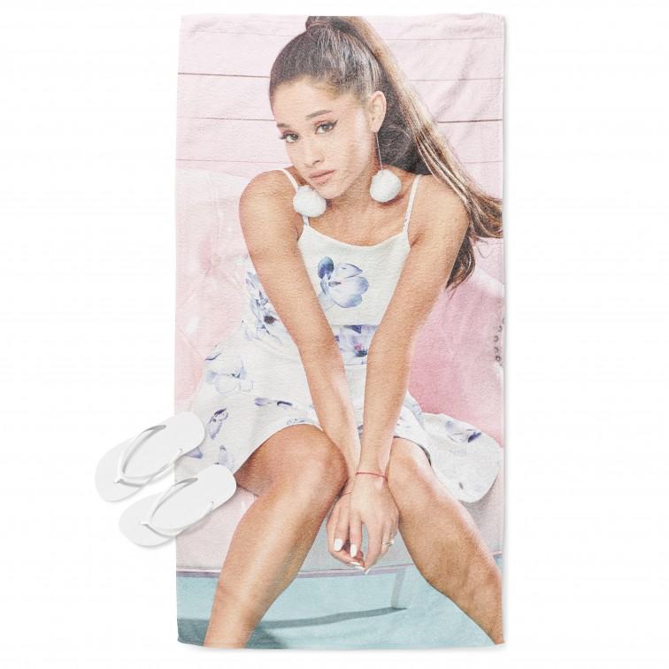 3Д кърпа за плаж Ариана Гранде в розово - Ariana Grande