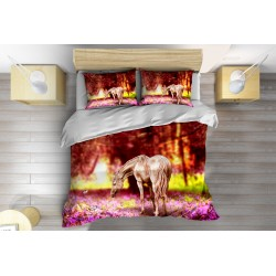 Спално бельо с олекотена завивка Кон през пролетта - Horse in Spring